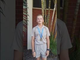 [VIDEO] Laerskool leerling moedig ander aan om te leer swem