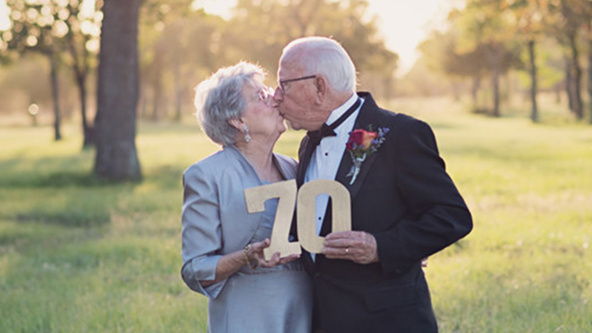 A couple married for 70 years takes wedding photos for the first time