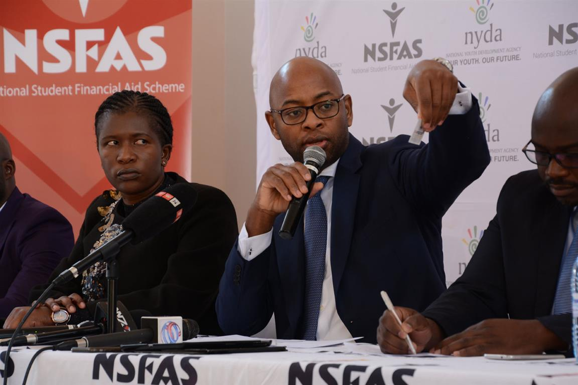 TAKE NOTE 2018 NSFAS applications close tomorrow - Review