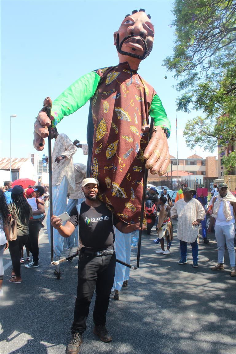 Mapungubwe Arts Festival : colourful pot of art and culture