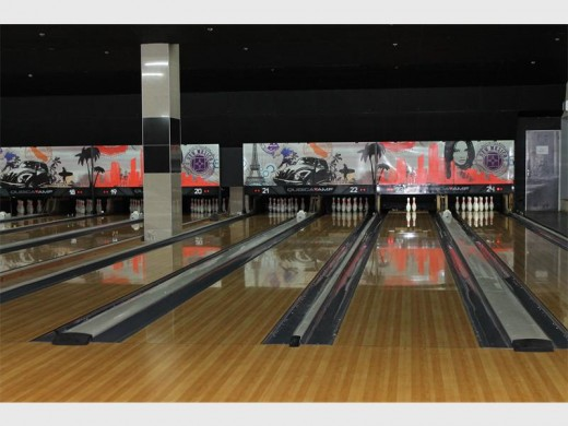 Northcliff Bowl is the premier bowling centre in the country because of its 24 lanes and top-notch equipment.