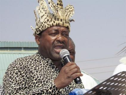 Hosi Eric Nxumalo speaks at Nghunghunyani Day.