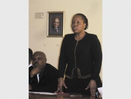 Mopani mayor, Nkakareng Rakgoale introduces the contractors.