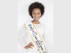 Lungi Dlamini Hlatshwayo, a Schwarzkopf Professional Mrs South Africa finalist from Lyndhurst.