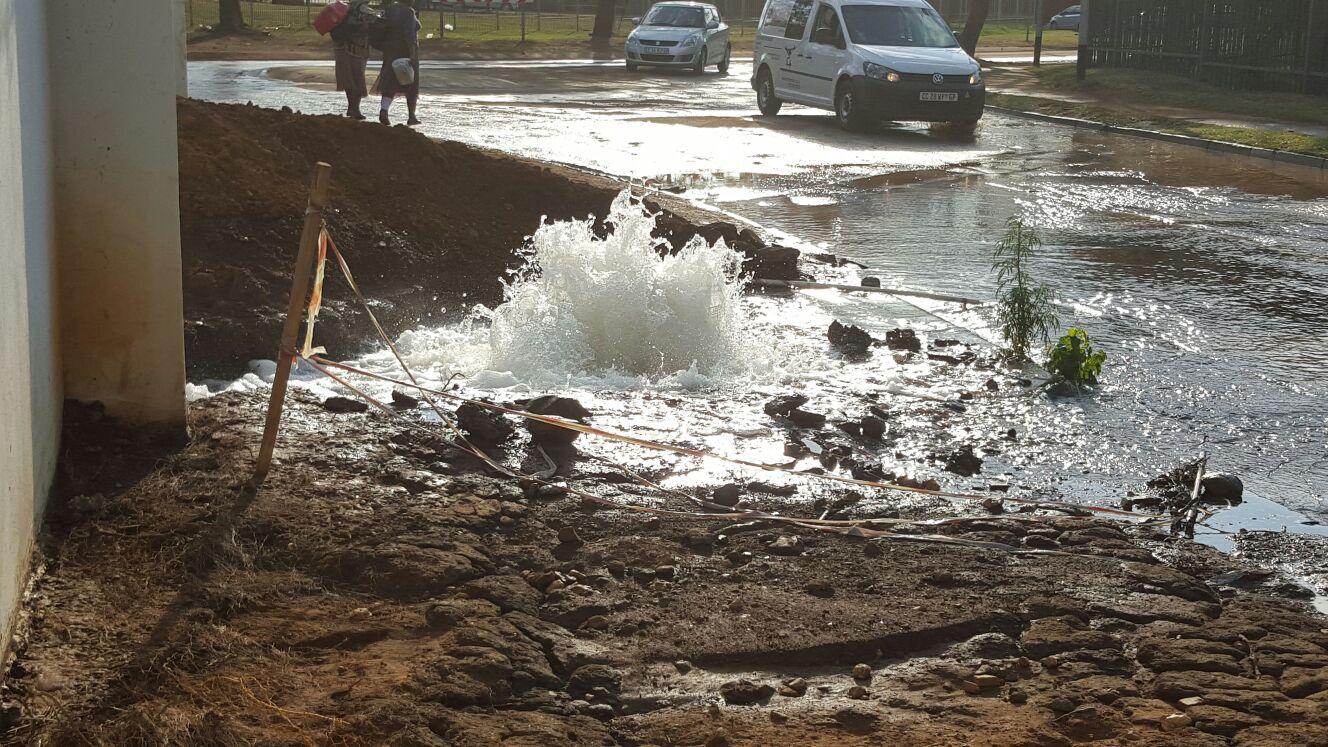 Sewer Repair In Menlo Park: Menlo Park Water Pipe Repaired After Wasting Gallons