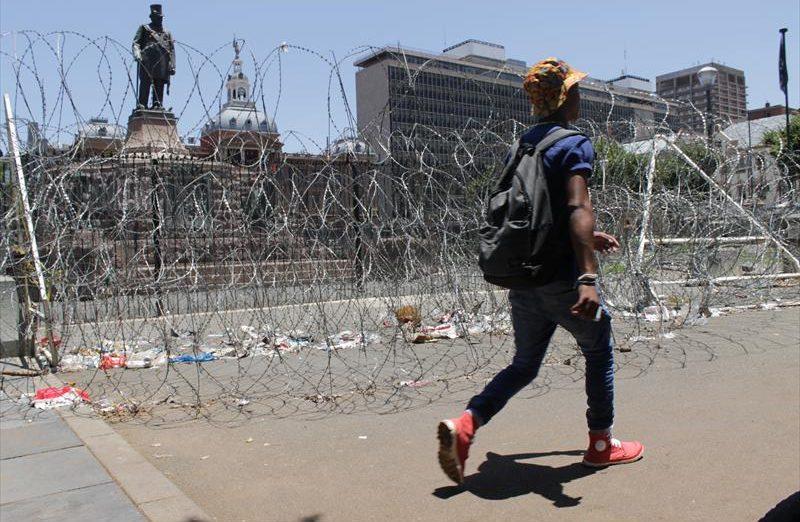 FAK beloof om Paul Kruger standbeeld te bewaar   Rekord East