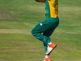 Kagiso Rabada was weer 'n uitblinker vir die Proteas met die bal. Hy het twee baie belangrike paaltjies platgetrek. Foto: simondp@actionimage