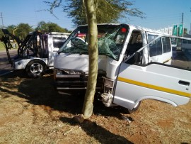 Taxi hits tree avoiding falling telephone line.  Photo:  Gopolang Chawane