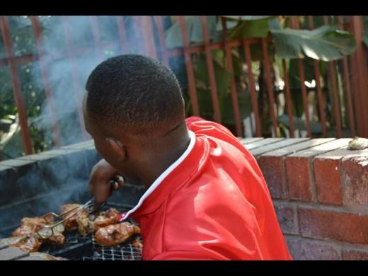 Residents were treated to a braai at the recycling workshop. Photo: Supplied.