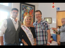 Mrs SA Charity 2017 Claire Gardiner and her husband Shawn Gardiner with Willem Vogel, of the Brooklyn theater. Photo: Ramaupi Makgoo
