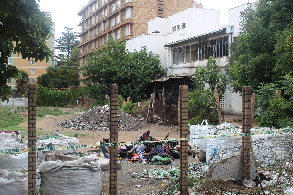 WATCH: Shock and disbelief as Sunnyside White House is flattened - Rekord East