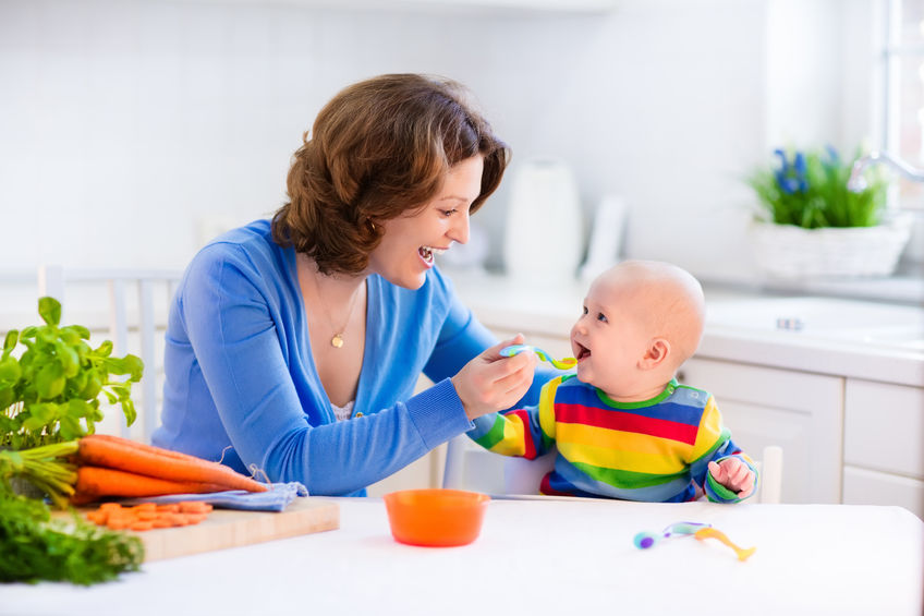 Go from milk to solids with these easy handy feeding tips ...