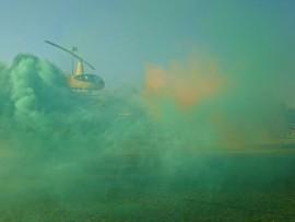 Sinoville-polisie se Chopper Cop het Vrydagoggend in sy geel helikopter besoek afgelê by Hoërskool Montana.