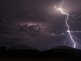 lightning-storm-with-rain-wallpaper-11