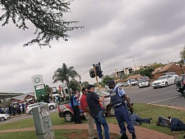 Suspects arrested after high speed chase and robbery.  Photo: Gopolang Chawane
