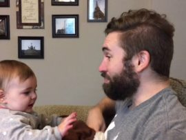 VIDEO OF THE DAY: Baby doesn't recognize dad without beard