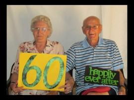 Tony en Rosa van Geffen in 2014 met hul 60e huweliksherdenking. Foto: Verskaf