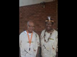 Chiefs John Campbell en Theys van Rooyen. Foto: Kayla van Petegem