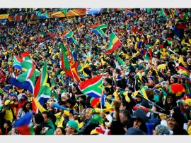 Crowds of supporters motivate the Springboks. Photo CC Search Image.