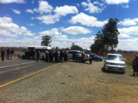 About 40 members of Lekwa Black Business Forum closed down the R23 Johannesburg Road leaving frustration in their wake.
